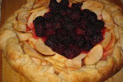 Apple and blackberry crostata